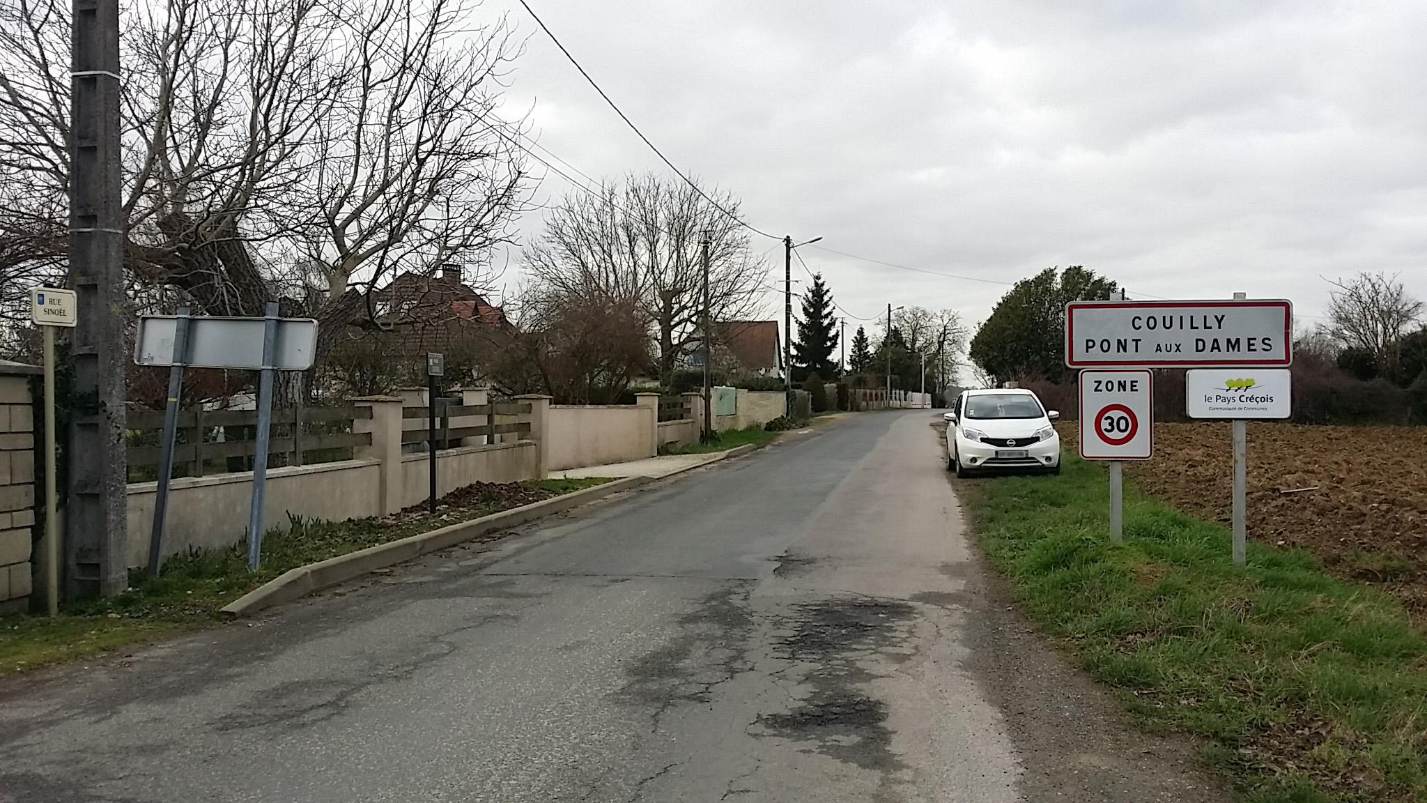 Entrée Couilly début zone 30km/h